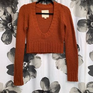 Cropped sweater!! Scoop neck